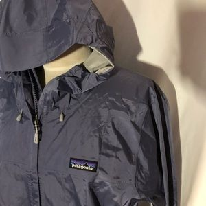 Patagonia w torrentshell jacket in lilac. New XL